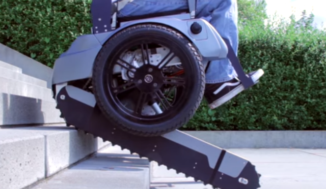 Students Have Developed An Electric Wheelchair That Can Climb Stairs